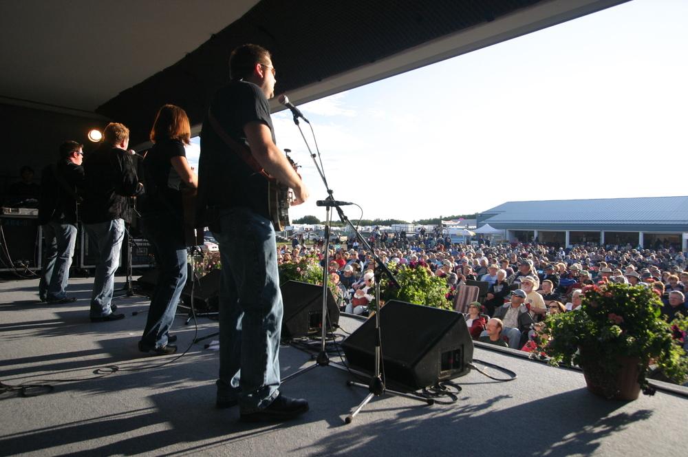 2008 - Lou Reid & Carolina