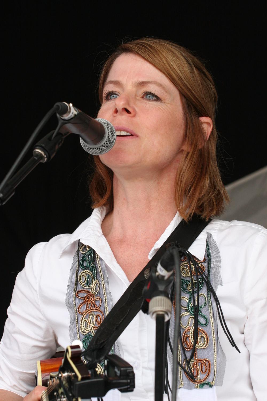 2011 - Jessi-Jo Charles - Woodbend