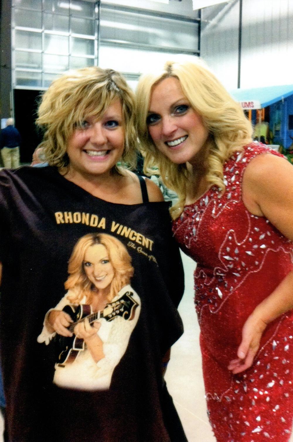 2012 - Naomi Sobon with Rhonda Vincent
