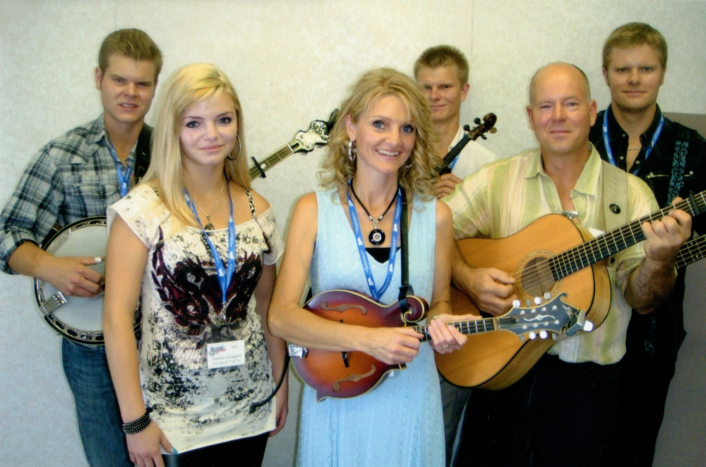 2012 - The Larsgard Family