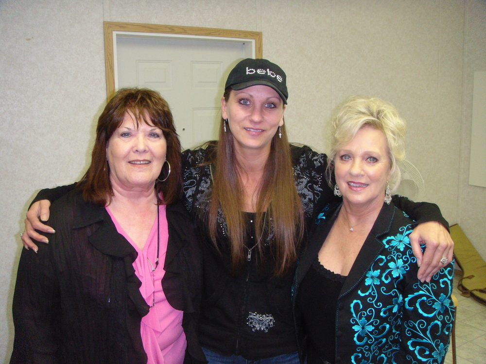 2011 - Joyce Smith, Cindy Lennon, Connie Smith