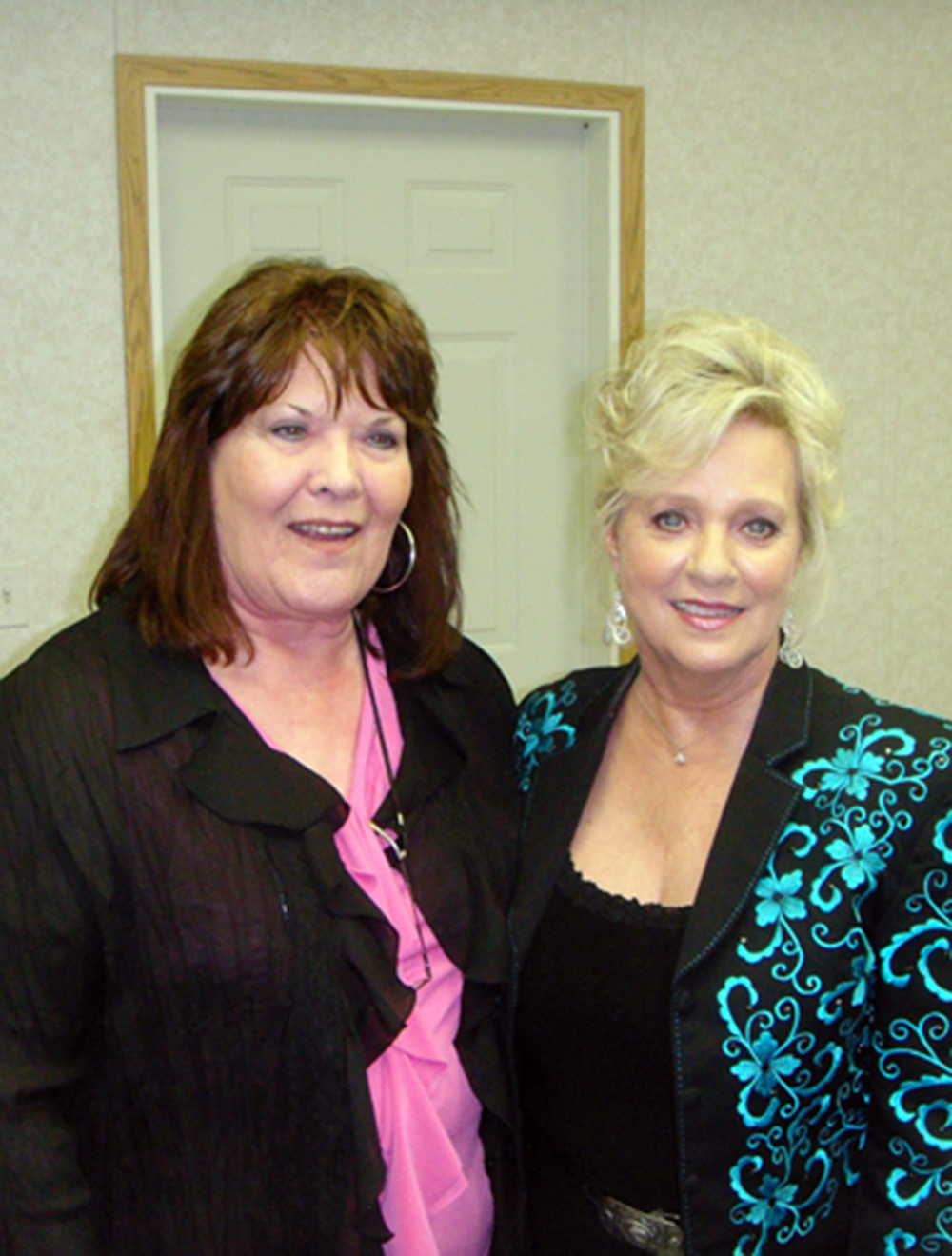 2011 - Joyce Smith (Canadian Country Music Legends) with Connie Smith