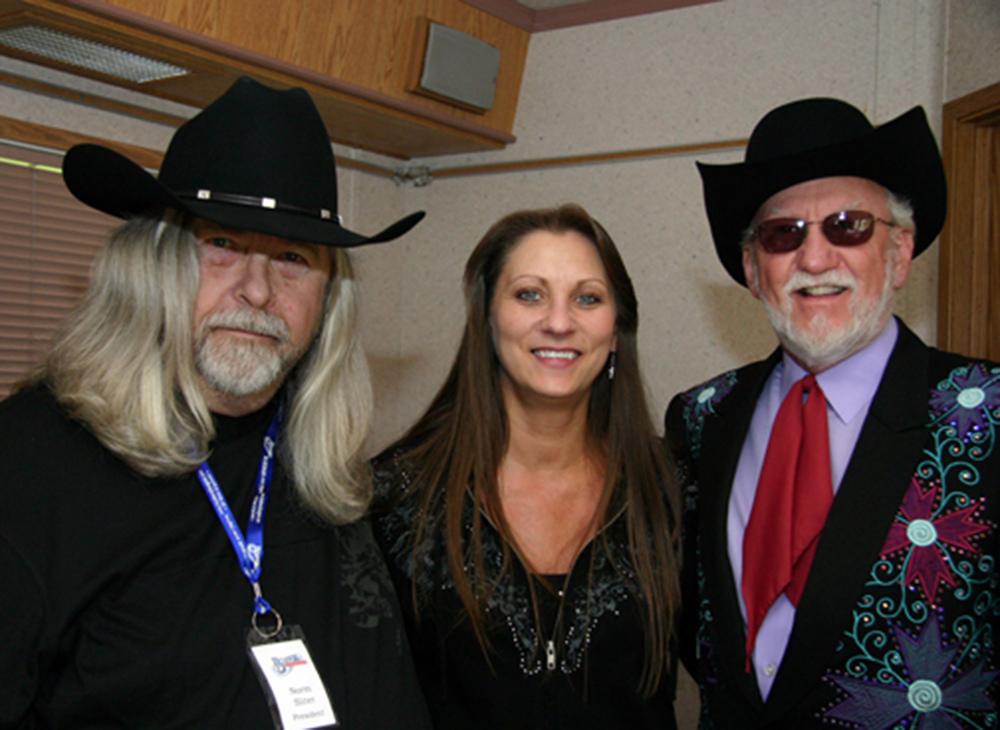 2011 - Blueberry Presidient Norm Sliter, Cindy Lennon & Doyle Lawson