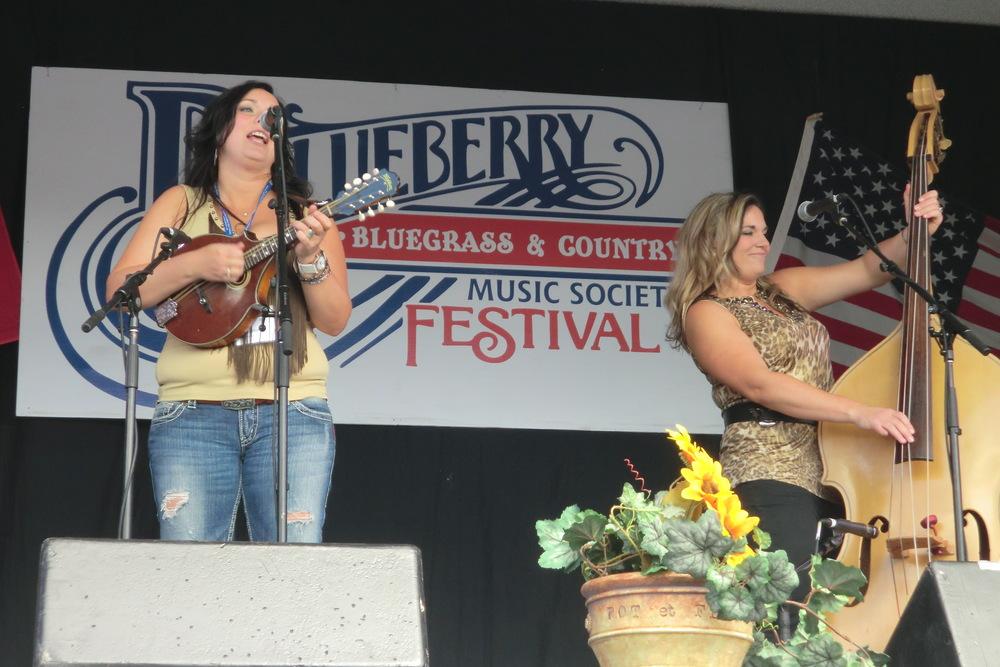 2011 - Jessie & Mary Haley - Blue Horizon