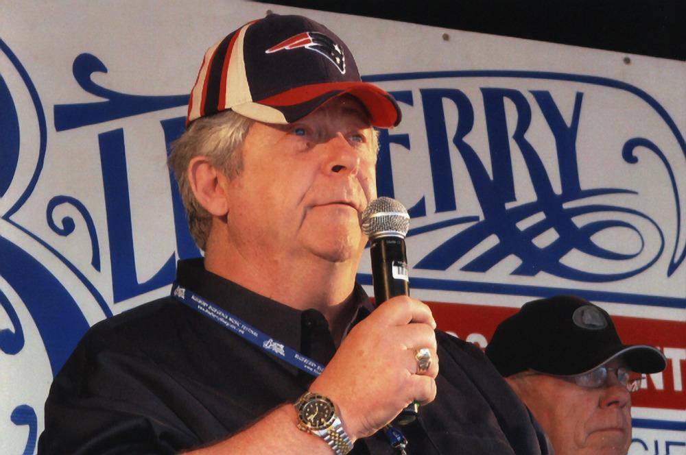 2007 - Blueberry President Norm Sliter with Dave Johnston