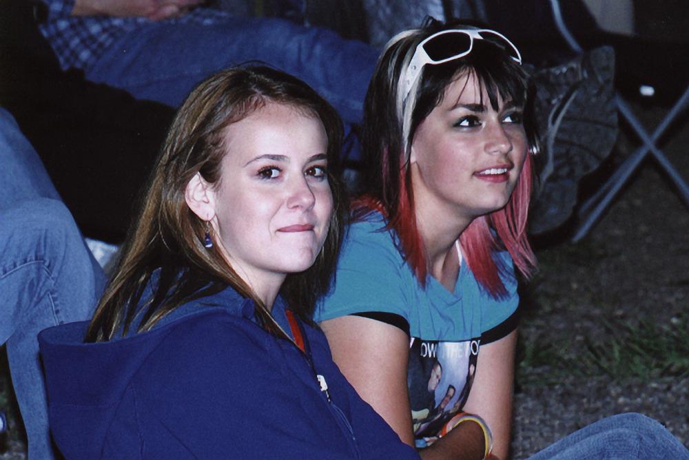 2007 - Erin Kushniruk & Kayla Hotte