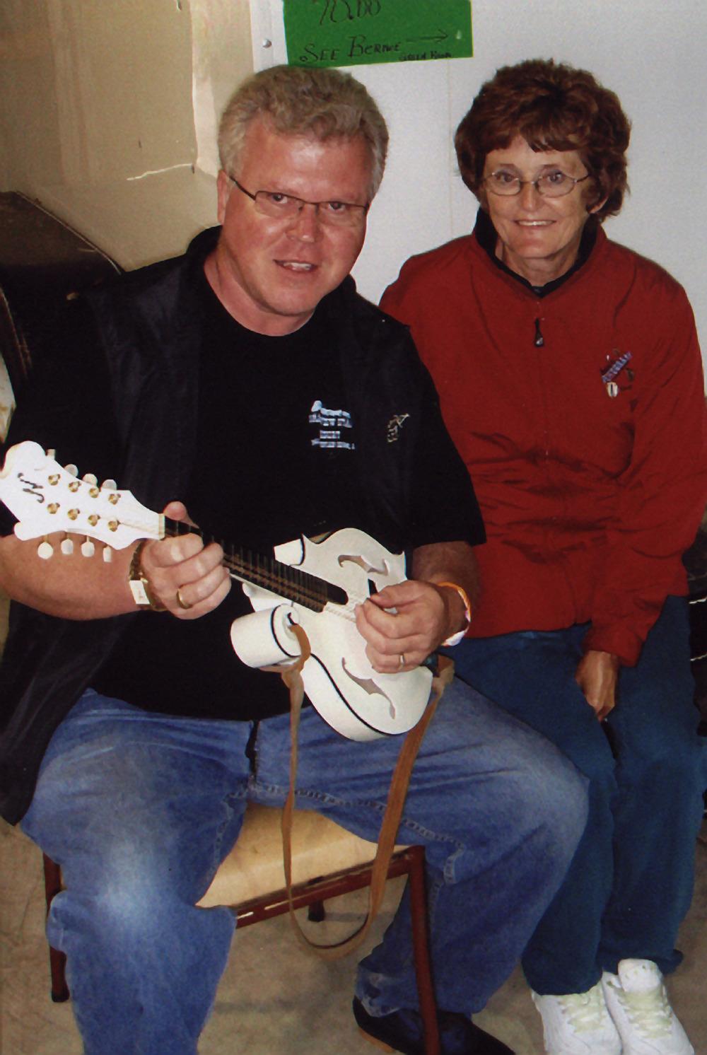 2007 - Bob Glidden & a friend