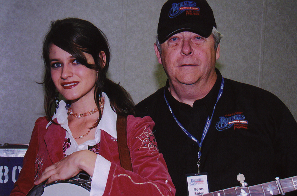 2007 - Cia Cherryholmes with Blueberry President Norm Sliter