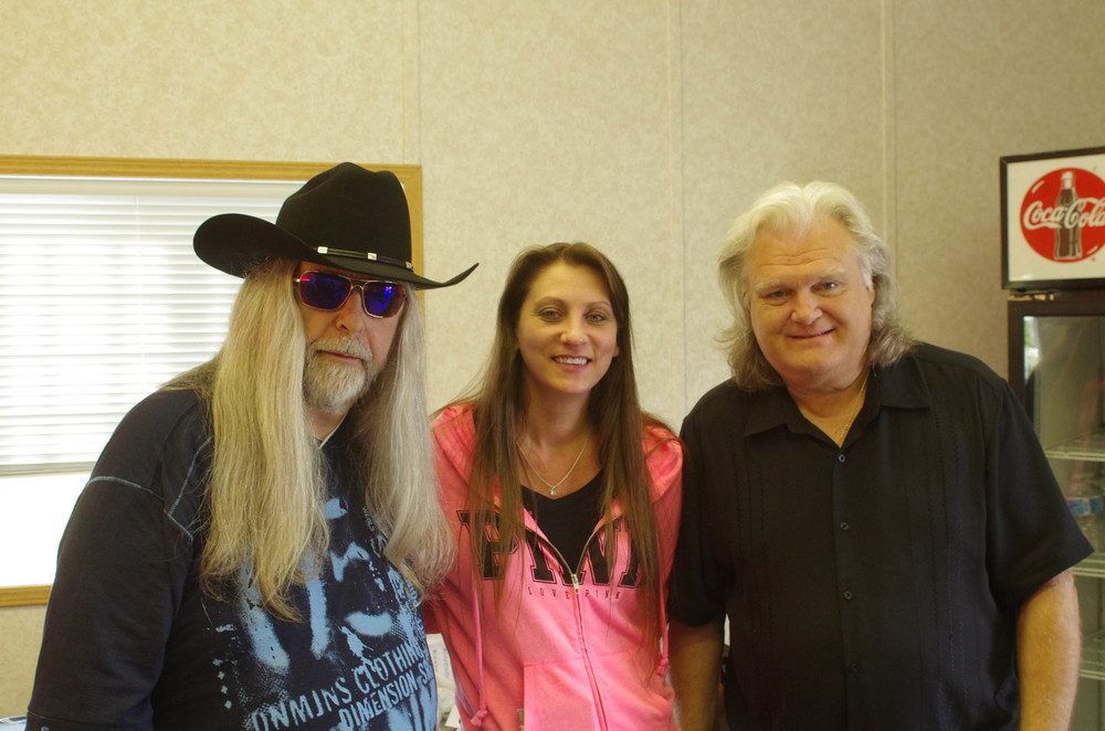 Blueberry President Norm Sliter with Cindy Lennon & Ricky Skaggs