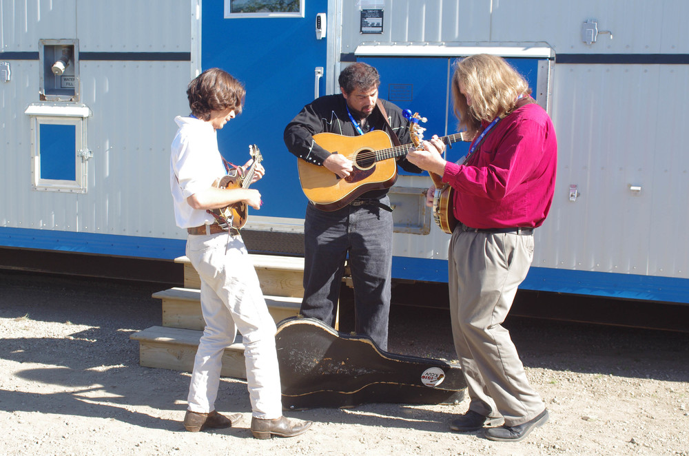 Tristan Scroggins, Greg Blake & Jeff Scroggins jamming backstage