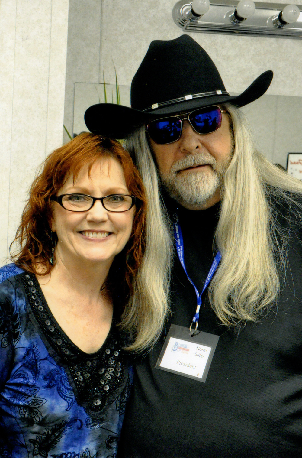 Cheryl White with Blueberry President Norm Sliter