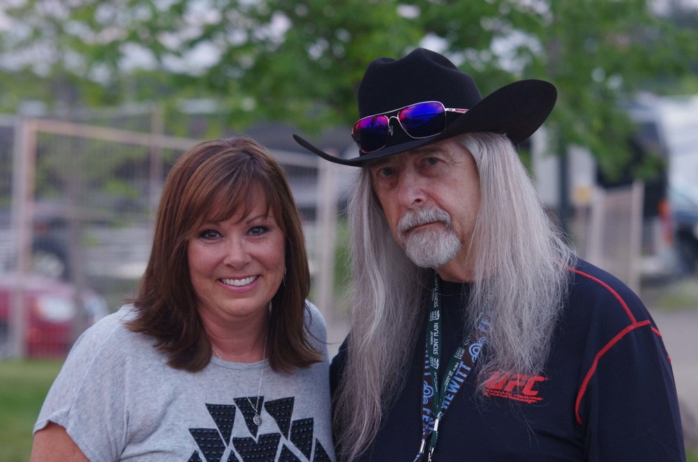 Suzy Bogguss & Norm Sliter (Blueberry President)