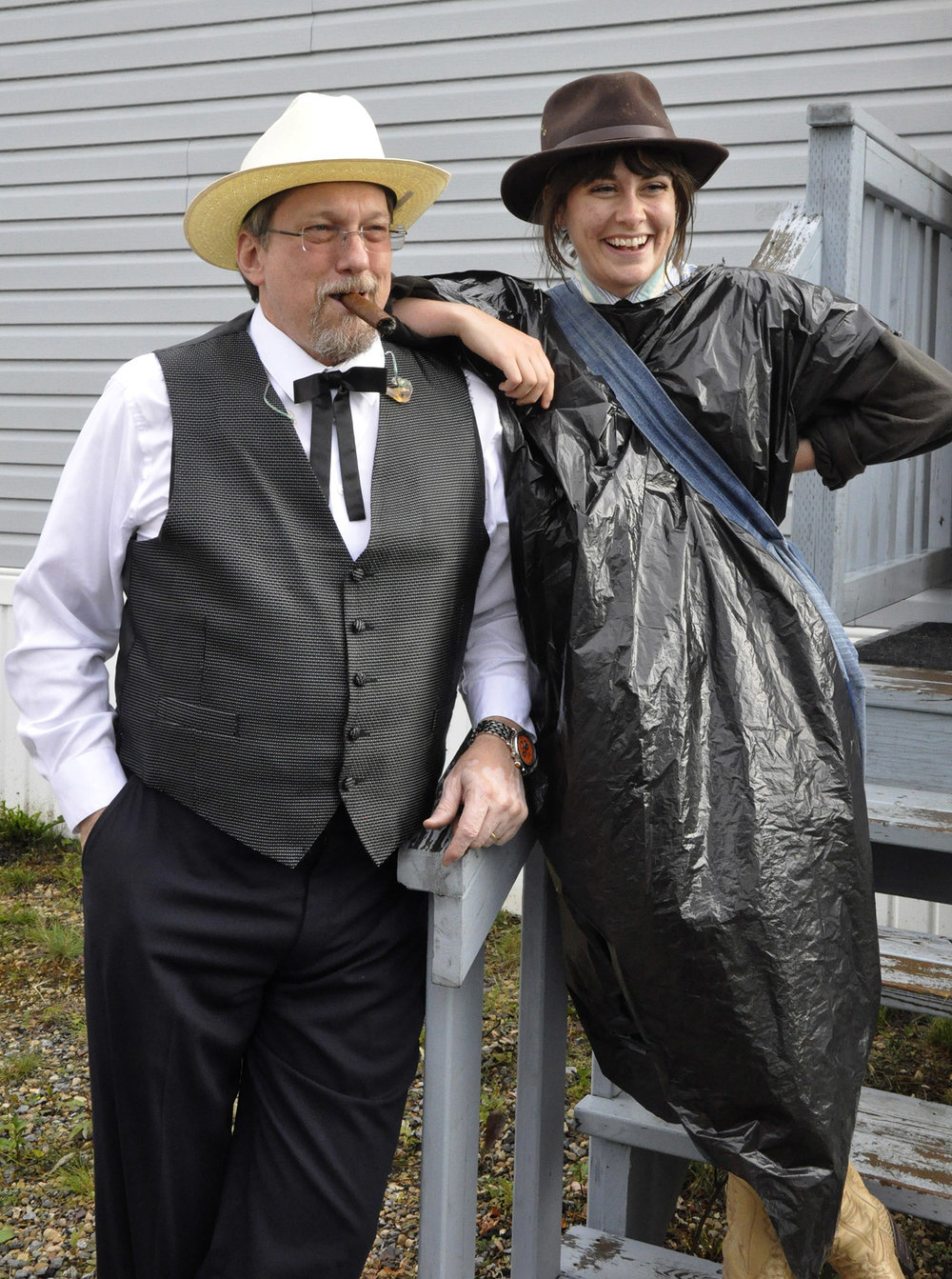 Jerry Douglas of The Earls of Leicester with Ellen Froese-Kooijenga of In with the Old (Blueberry band contest winners)