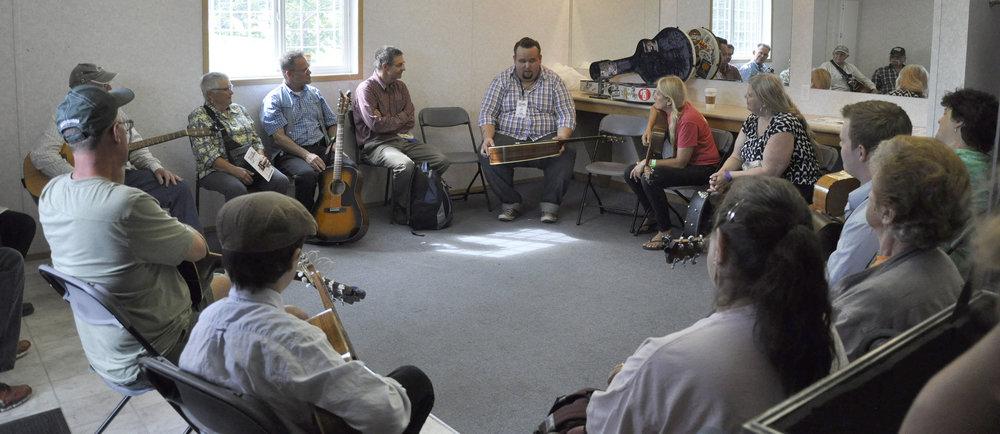 Guitar Workshop with Josh (Jug) Rinkel of The Po' Ramblin' Boys