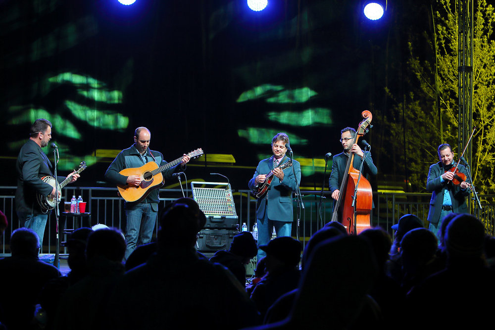 Blueberry Bluegrass Festival - Travelin' McCourys