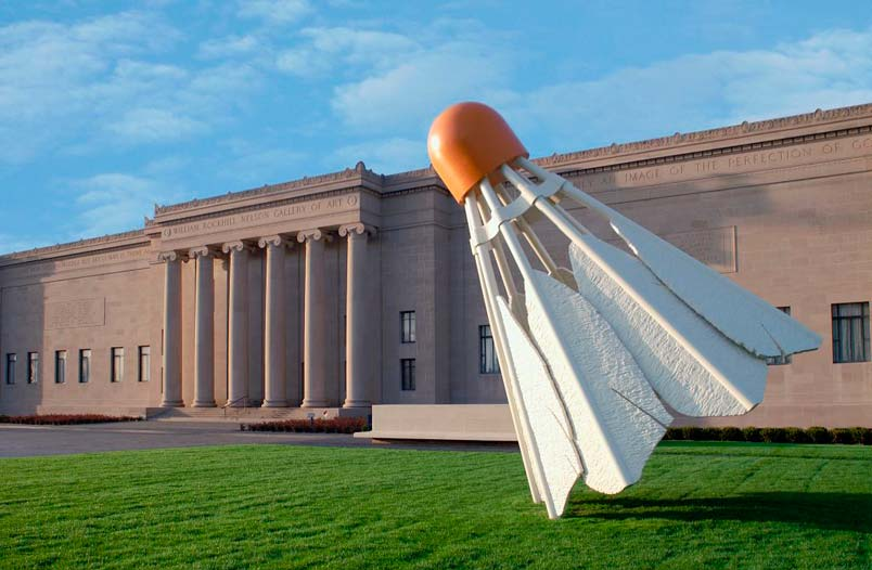 Nelson Atkins Sculpture Garden (Photo Credit Cupcakes in Regalia)