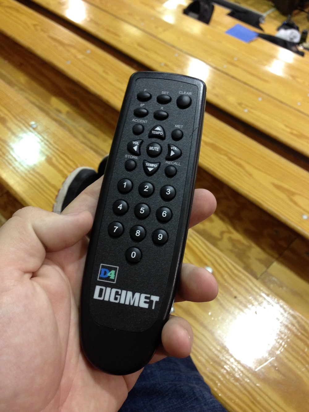The RF remote for the D4.