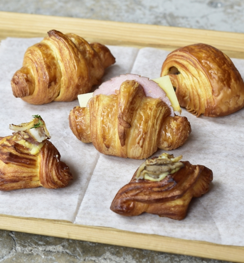 Mini Pastries 2.jpg