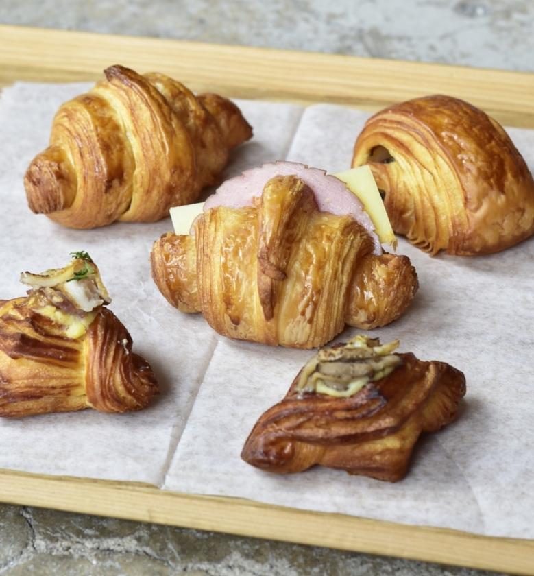 Mini Pastries 2.jpg