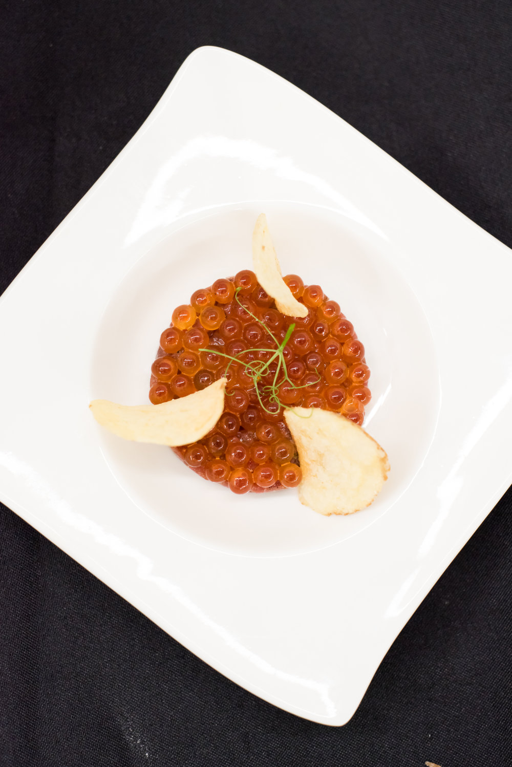BEEF TARTARE - with lime & ikura