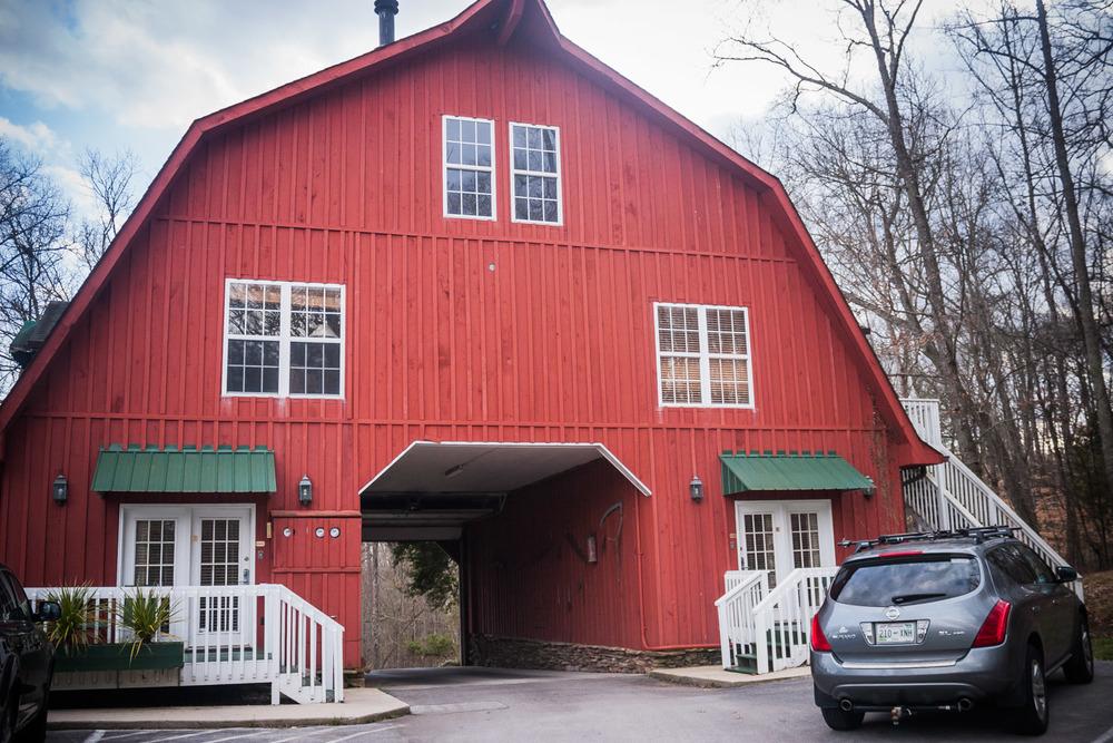 entrance barn