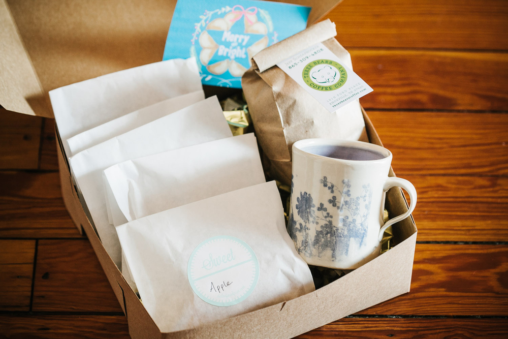 Coffee Lover Pie Box The Coffee Lover Pie Box comes with six fried pies in the flavor of your choice, one half pound of three bears coffee, a handmade mug by local ceramist Amy E. Hand, and a holiday greeting card by Curly Willow Co.
