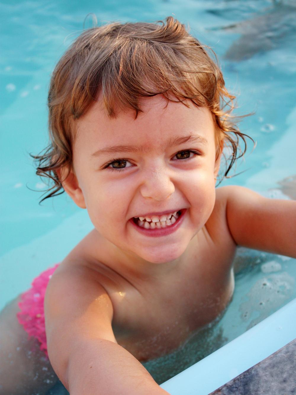Aprendí a nadar... ¡En blanco y negro! Foto: Meral Akbulut.