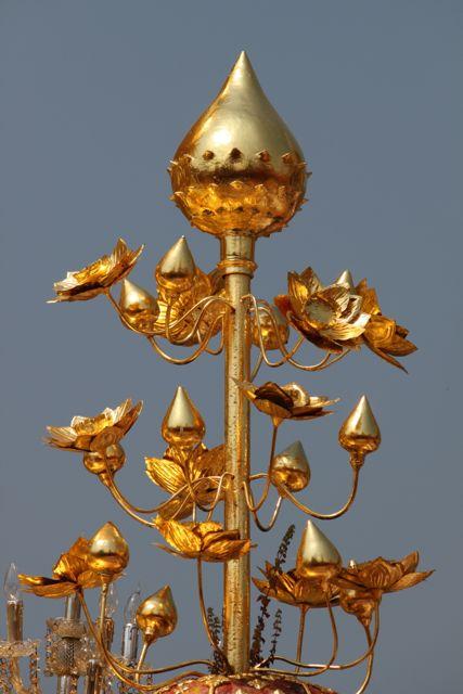 Gold flowers.jpg