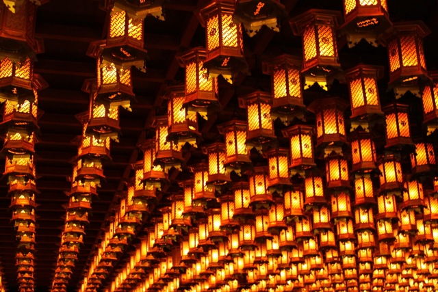 Temple lamps.jpg