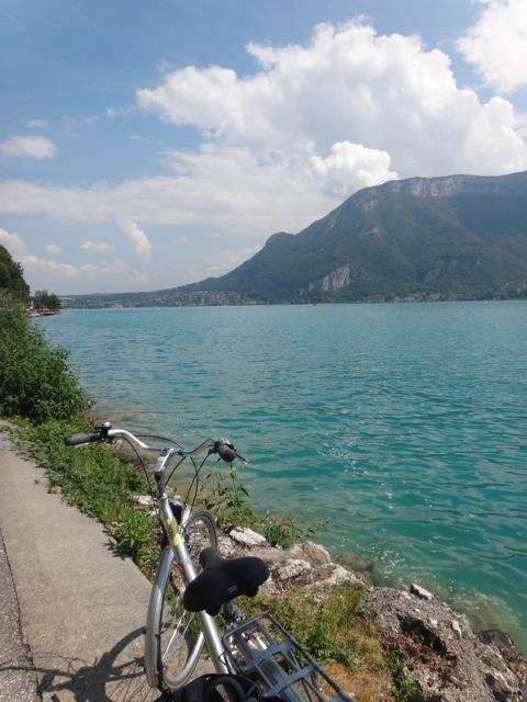 Annecy bike lake.jpg