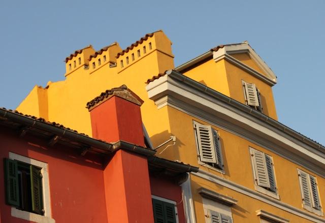 Buildings Rovinj.jpg