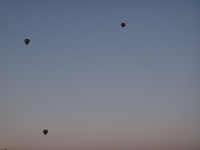 Hot air balloons.jpg