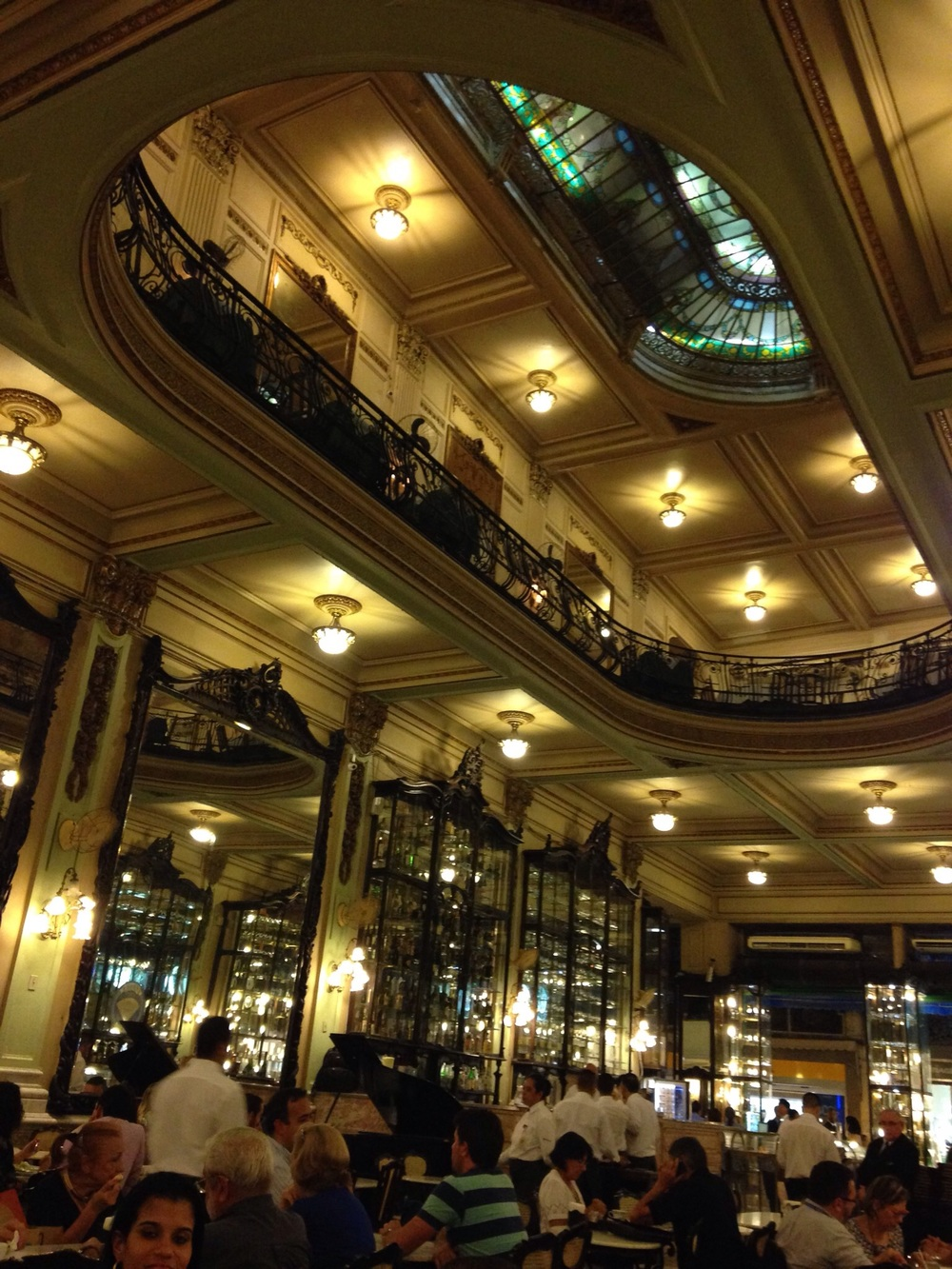 Confeitaria Colombo - a cafe with true art nouveau style