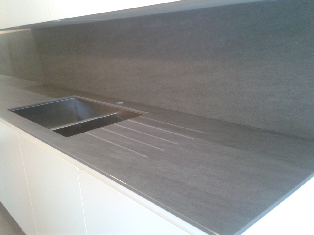 Grey Stone Kitchen Worktops : Neolith Porcelain Worktop ? Tim Moss Bespoke Handmade Kitchens ...