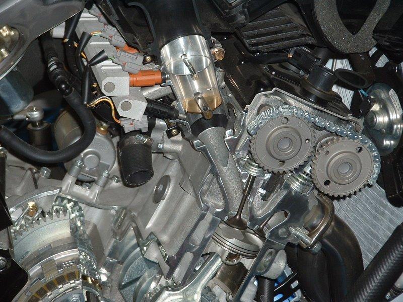 Cutaway GSXR Engine Detail.JPG