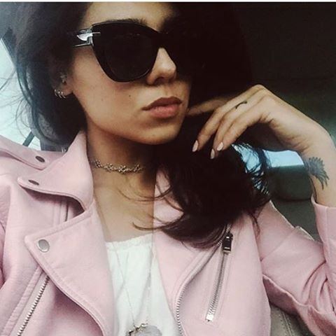 Pink leather jacket + Elise = Perfection! 😍