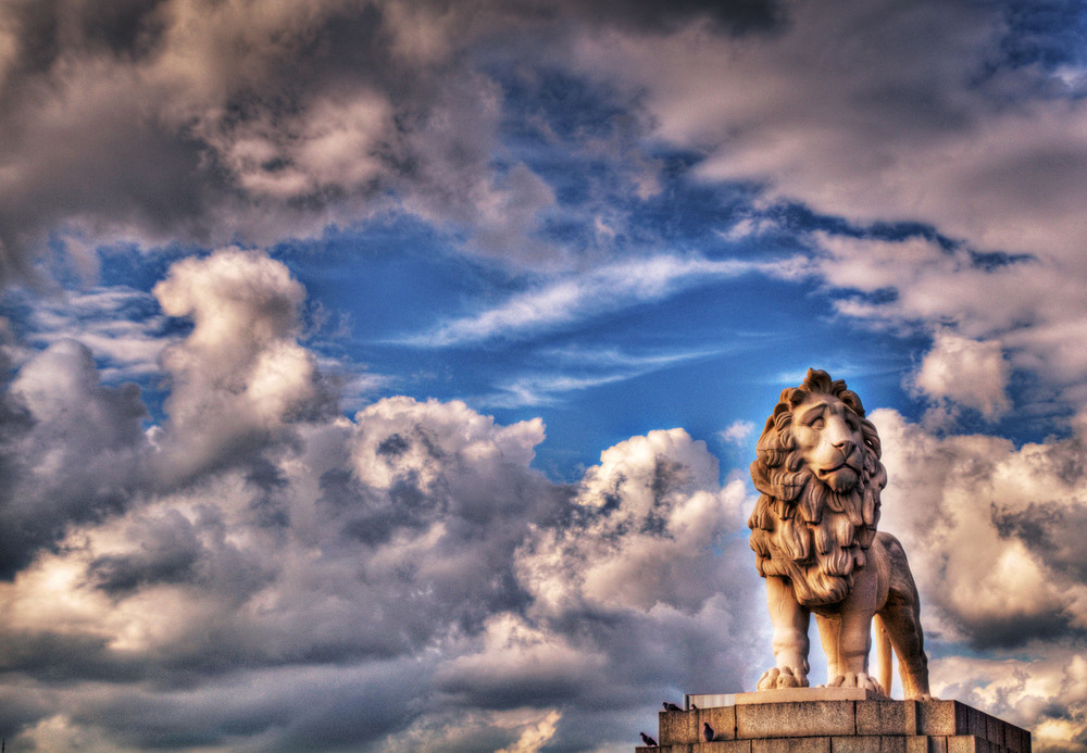 The Coade Lion, a statue made by William Frederick Woodington in 1837. It sits on Westminster Bridge in London.