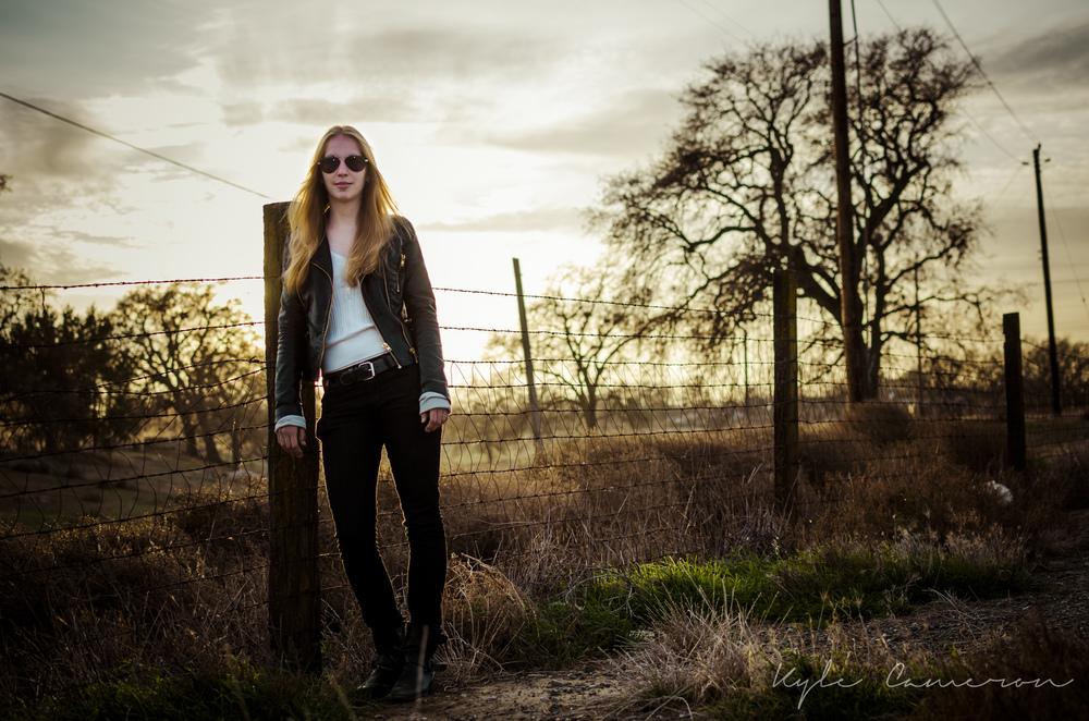 Danielle Portraits-12.jpg