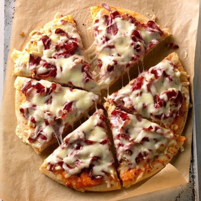 3.21.19 Reuben Pizza.jpg