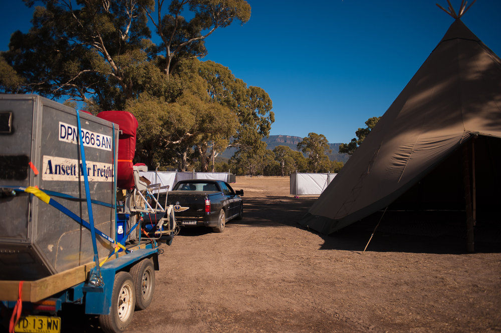mobile bar hire melbourne.jpg