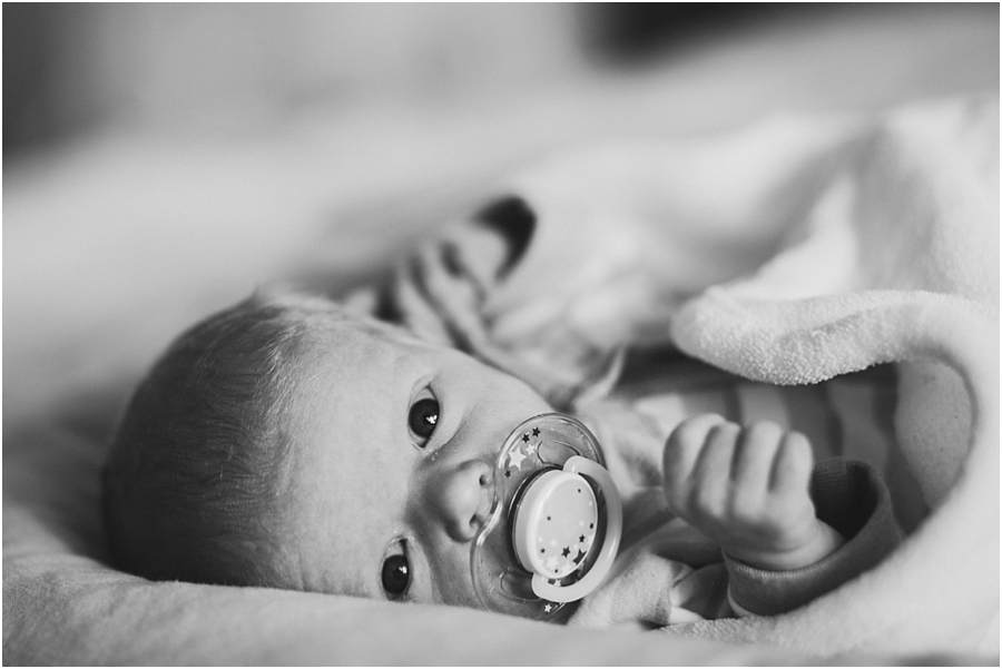 Natural-Newborn-Photography-North-Brisbane-017.jpg