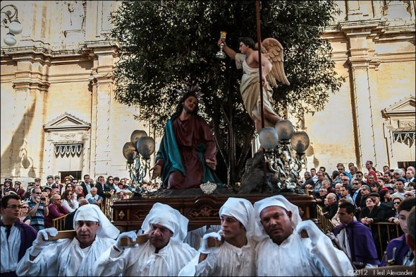 The First statue in the procession, representing the Agony Our Lord Jesus Christ in the Garden of Getsemani. The statue is carried shoulder height by eight men.
