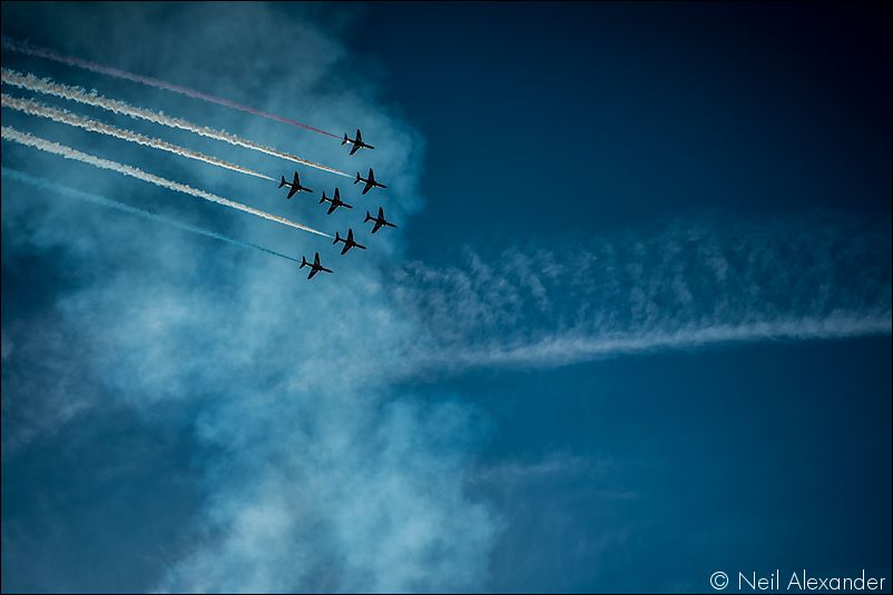 The Red Arrows above Chatsworth Estate Neil_Alexander 04.jpg
