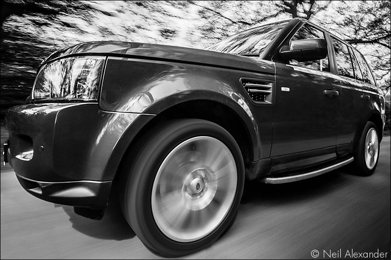 Range Rover Sport in motion Neil_Alexander 01.jpg