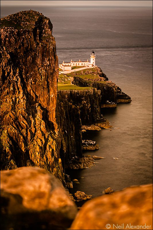 Neist Point Lighthouse, Isle of Skye Neil_Alexander 03.jpg