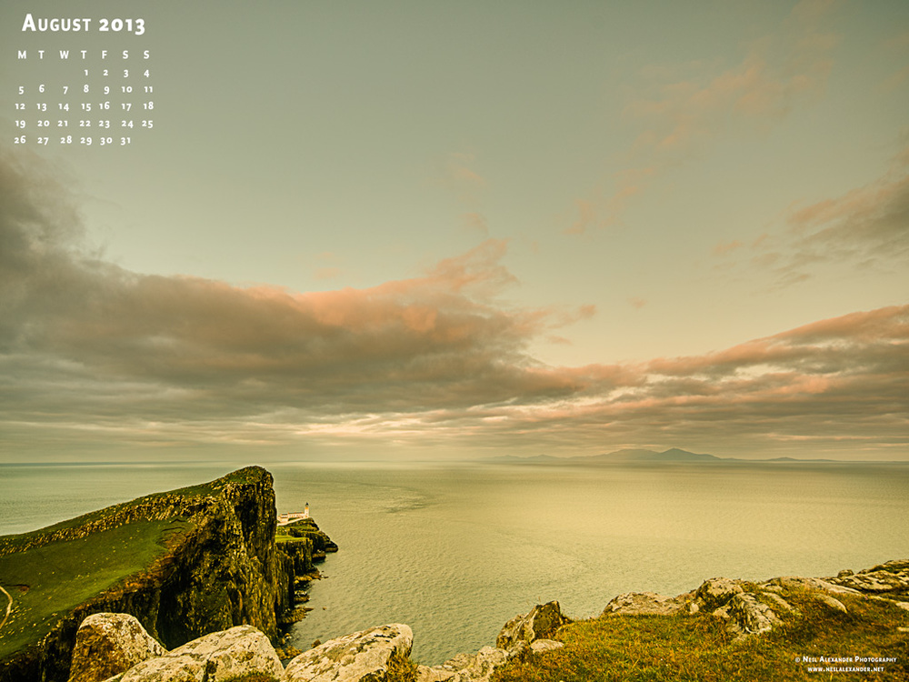 August-2013-Desktop-Wallpaper-1024x768.jpg