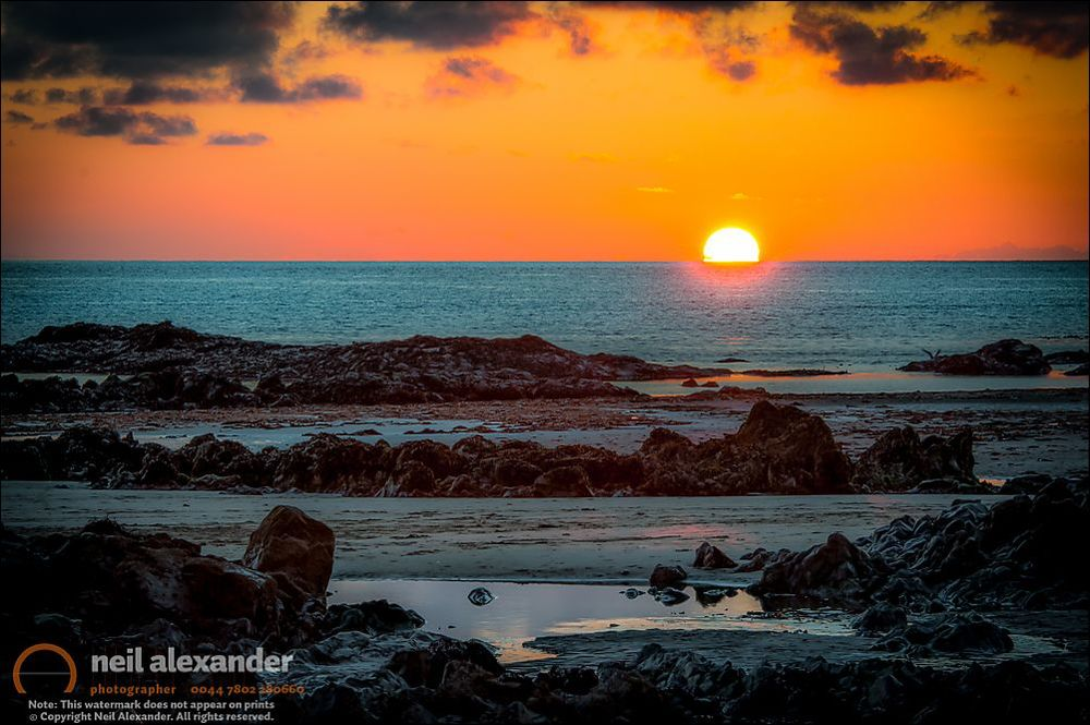 """""""Le rocce scure"""" - Rhosneigr beach, Anglesey."""