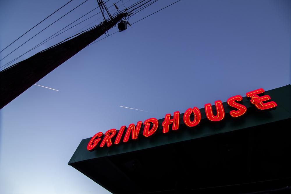 20121121 - NEON - Fat Matts Grindhouse-216-Edit.jpg