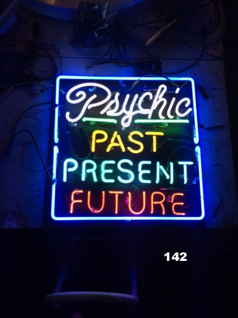 PSYCHIC PAST PRESENT FUTURE