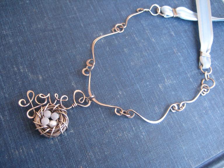 Custom Necklaces & Pendants — Peridot Daisy Wire & Gemstone Jewelry